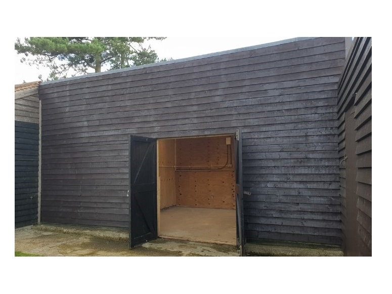Unit 4 Cart Hovel, Lascombe Estate, Highfield Lane, Puttenham, GU3 1BB