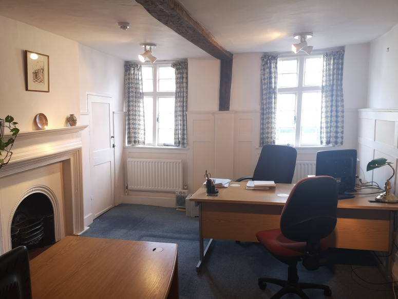 First Floor Offices, 6 Quarry Street, Guildford, Surrey, GU1 3UR
