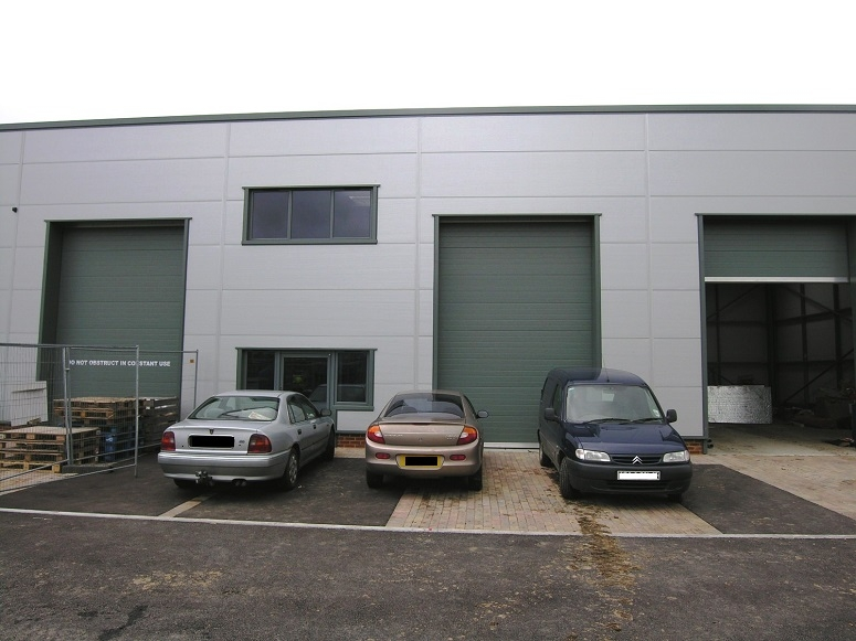 Industrial Unit 7 Williams Court, Littlemead Ind. Estate, Cranleigh, GU6 8NE